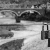 Невидимият мост